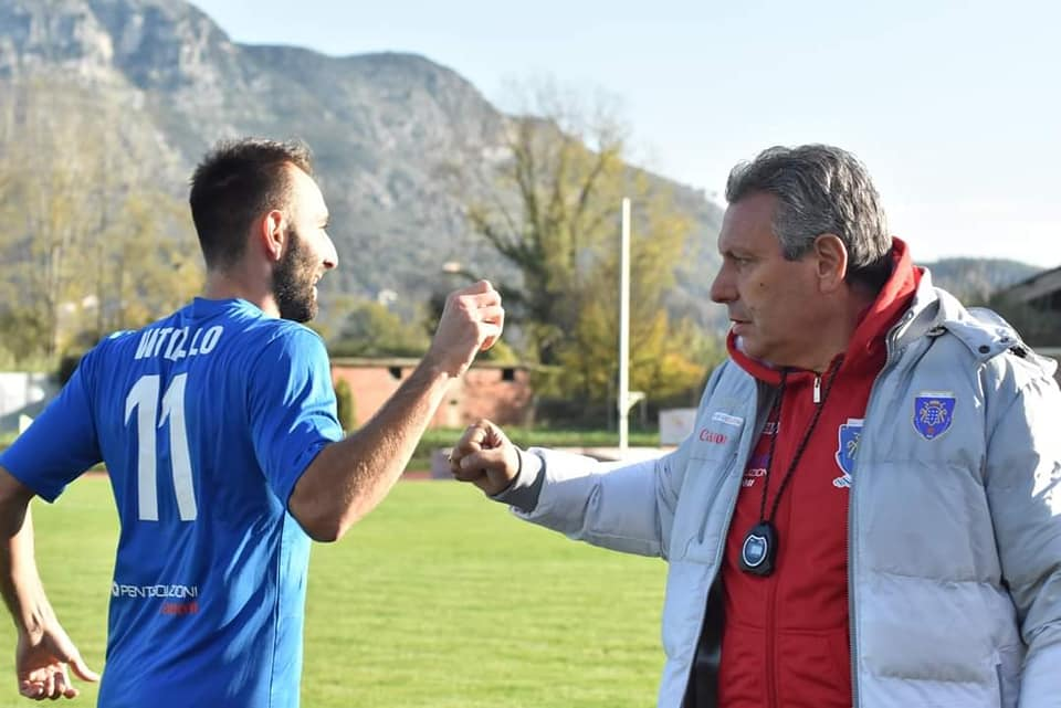 Vitiello e mister Grossi(Cassino Calcio)